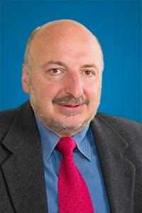 Picture of Dr. Alexander Elder, creator of Dr. Elder's Enhanced Trading Room